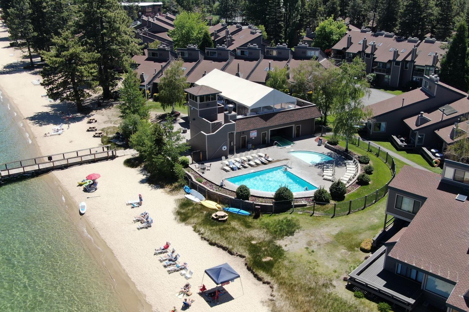 LLC0804 lakeland village pool