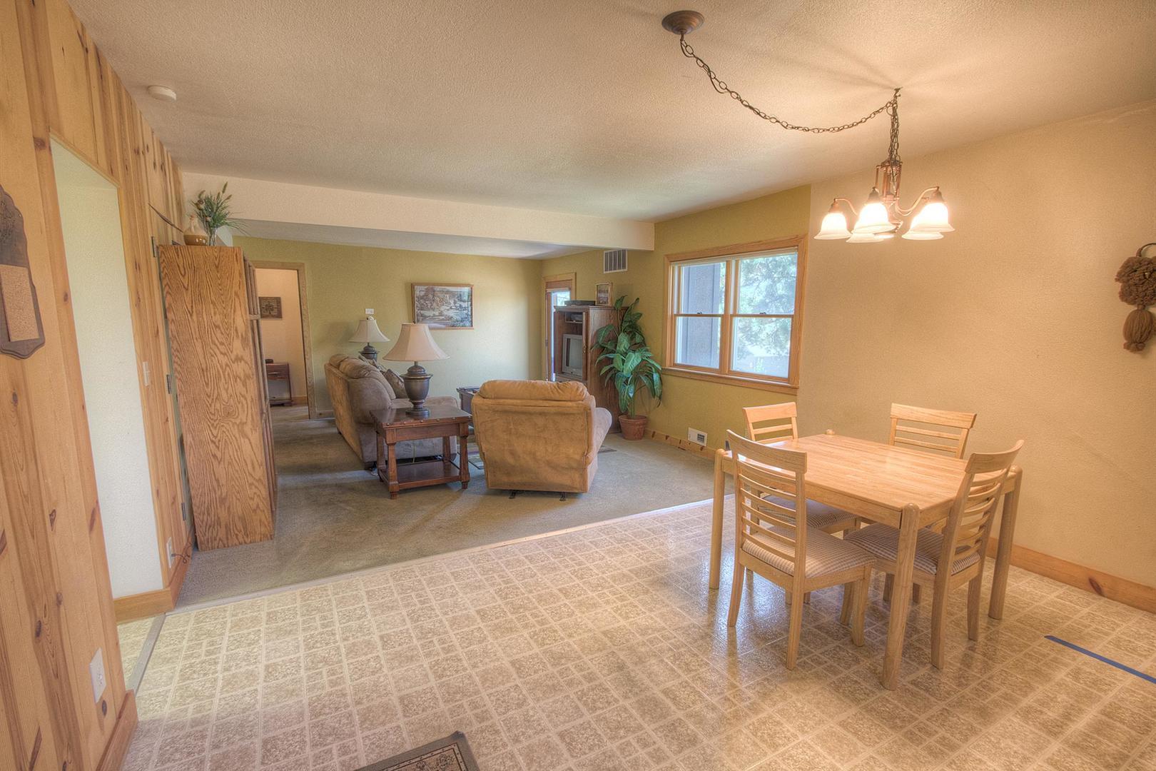 hch1202 dining room
