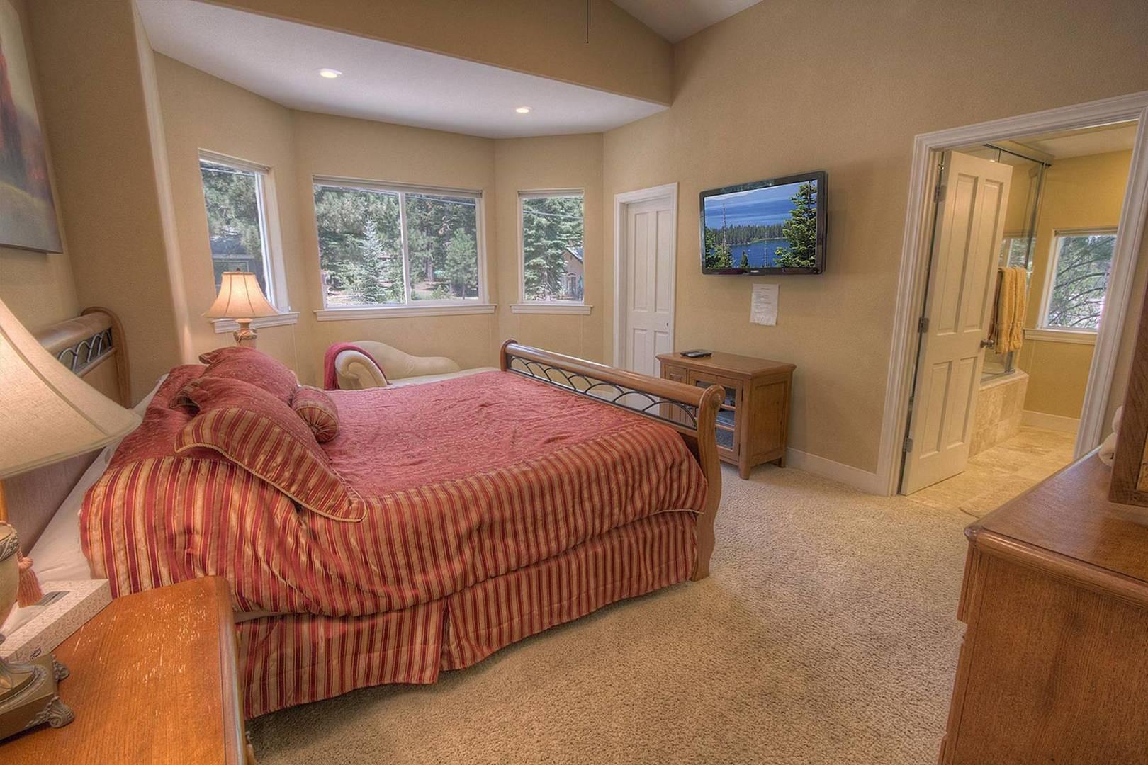COH1211 Bedroom