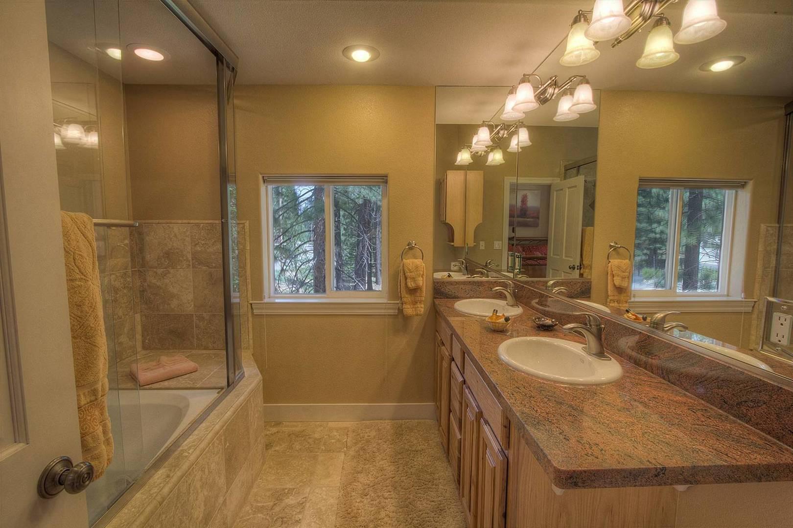 COH1211 Bathroom