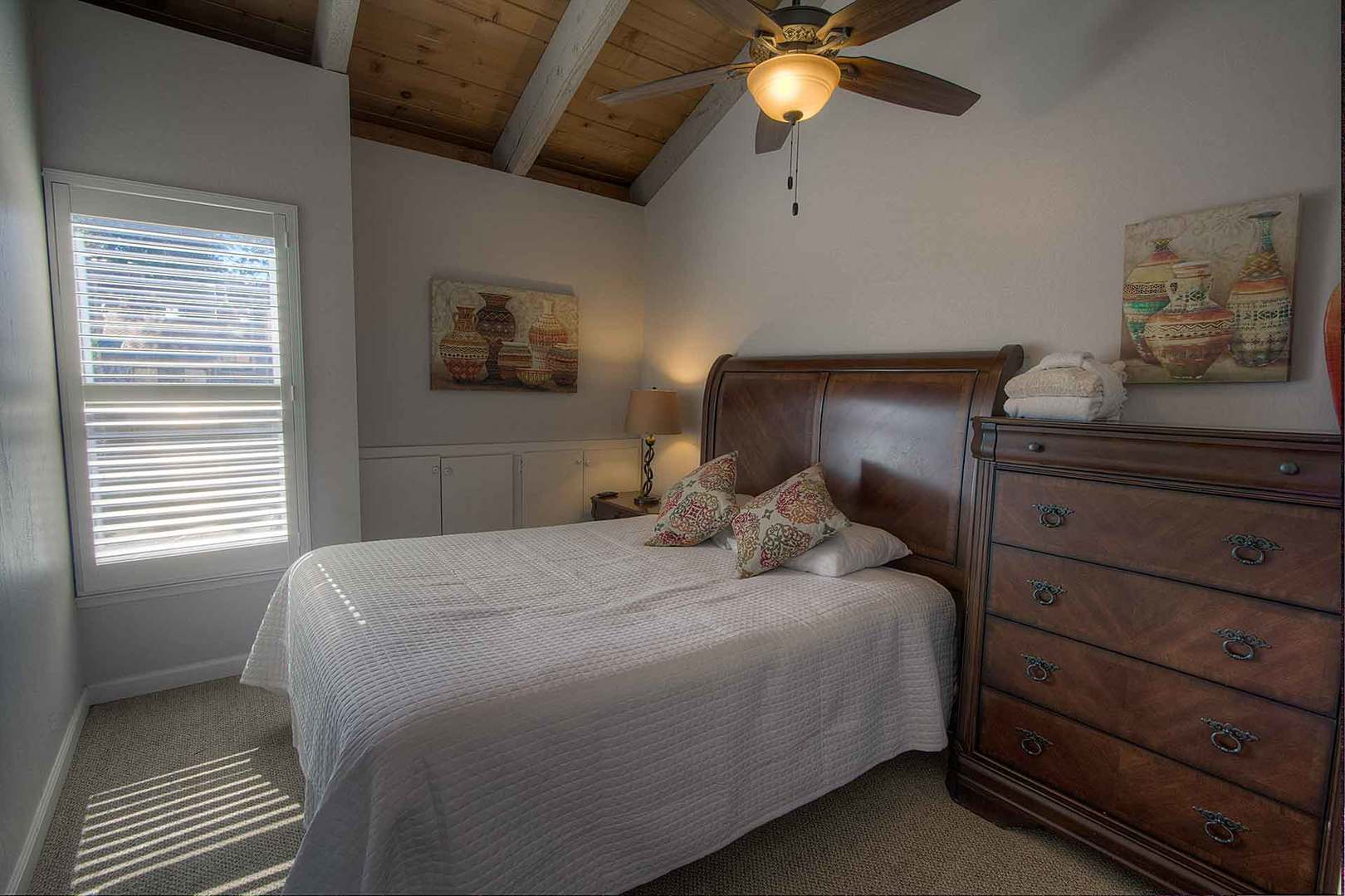 llc1239 bedroom