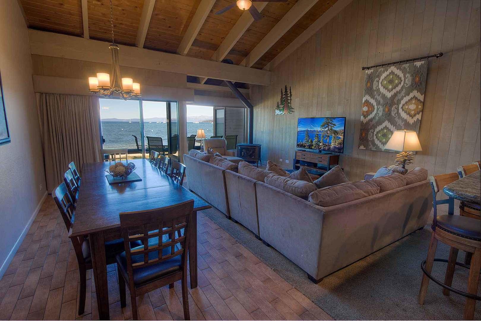 llc1239 living room