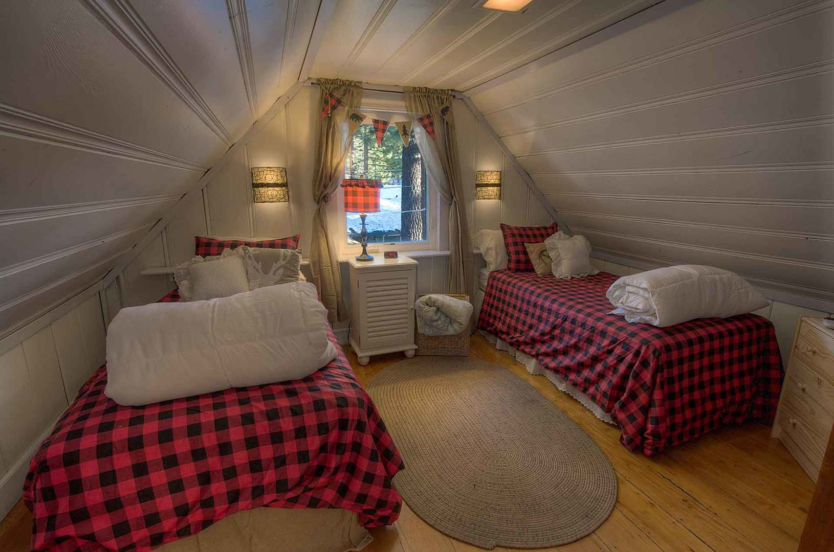 CYH0645 Bedroom