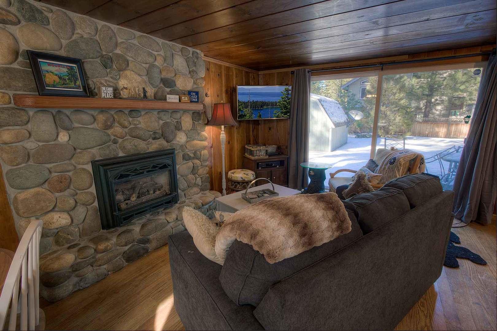 CYH0645 Living Room