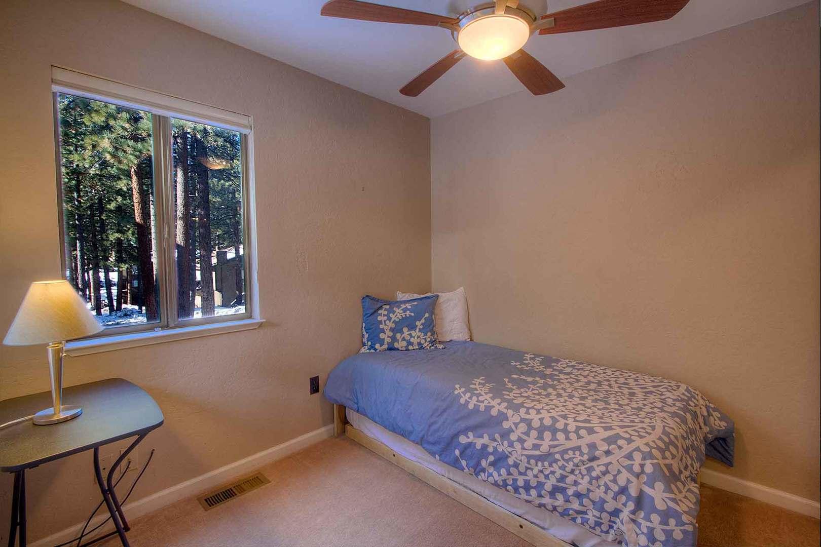 lvc0899 bedroom