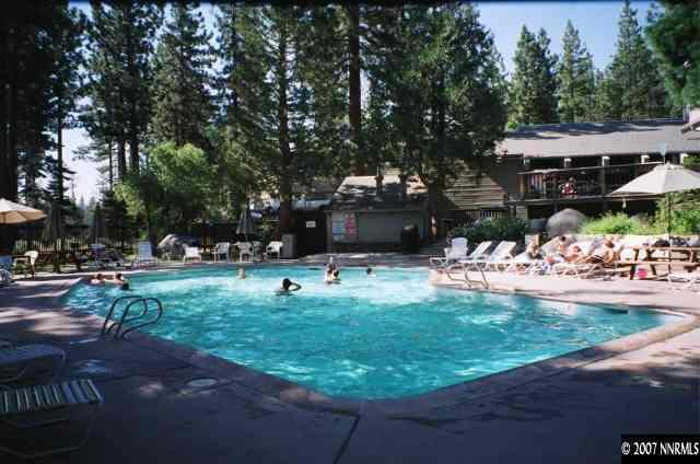 lvc0810 community pool