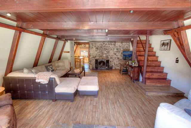 hch0933 living room
