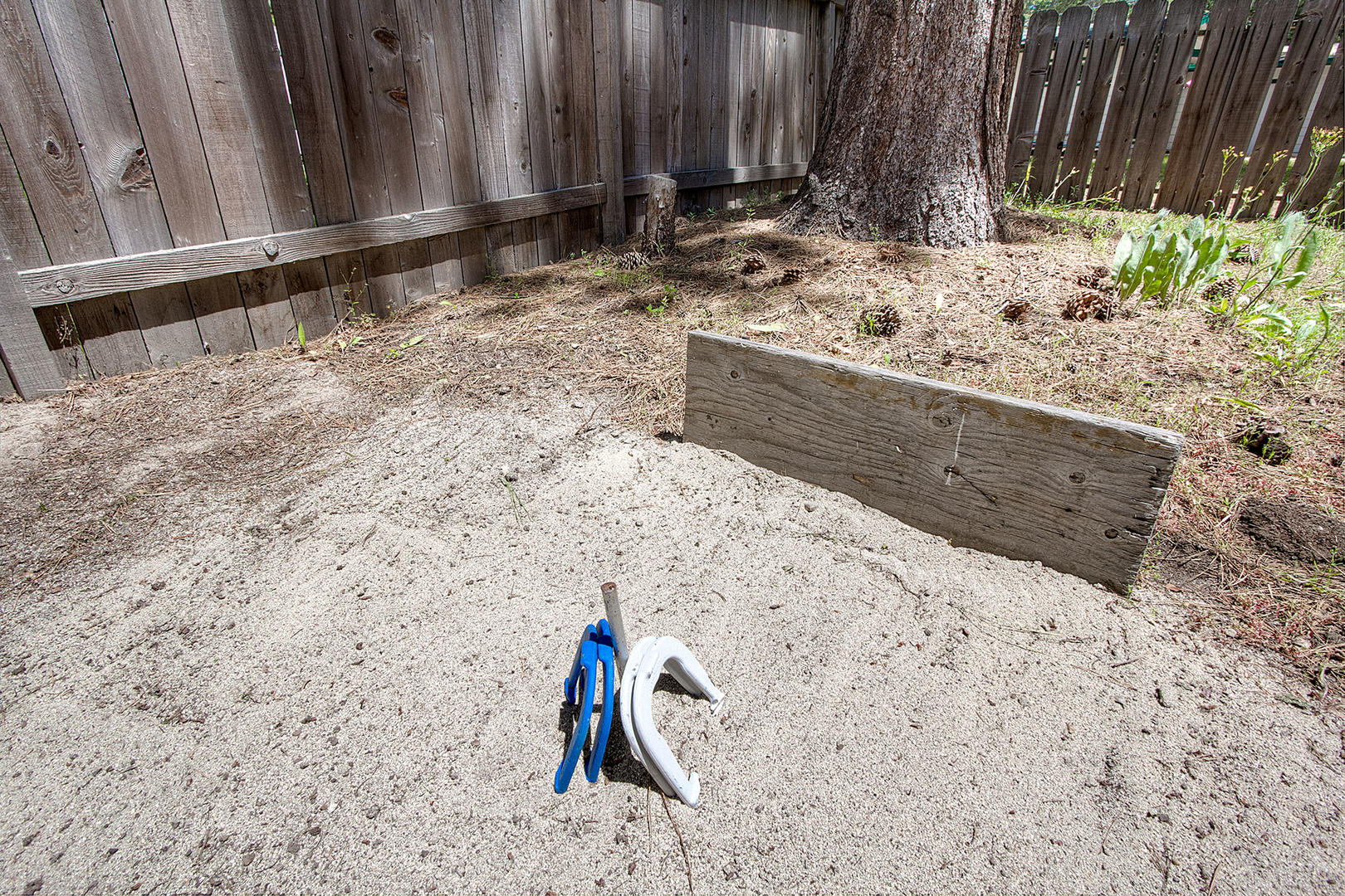 cyh0776 backyard horseshoe pits