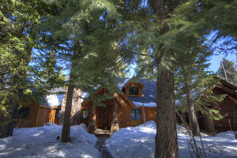 WSH1252 Winter Outside