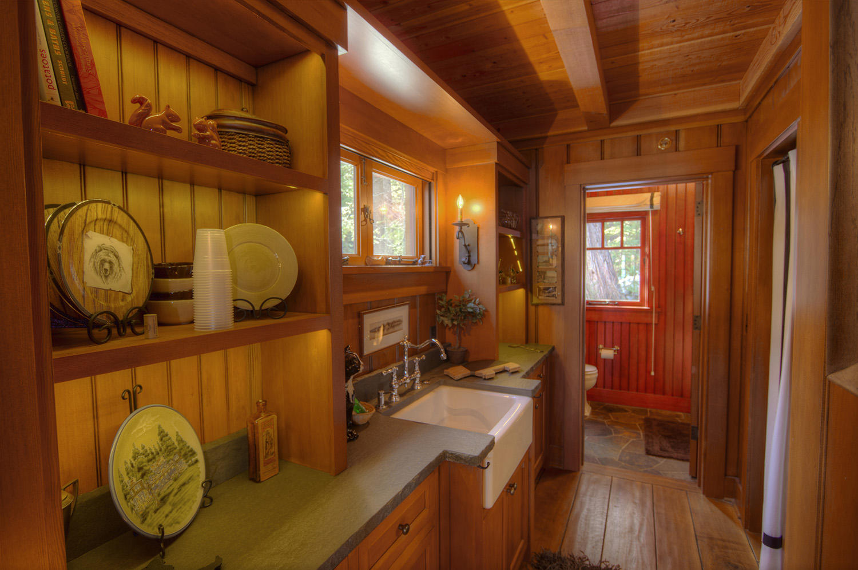WSH1252 Guest House Kitchenette