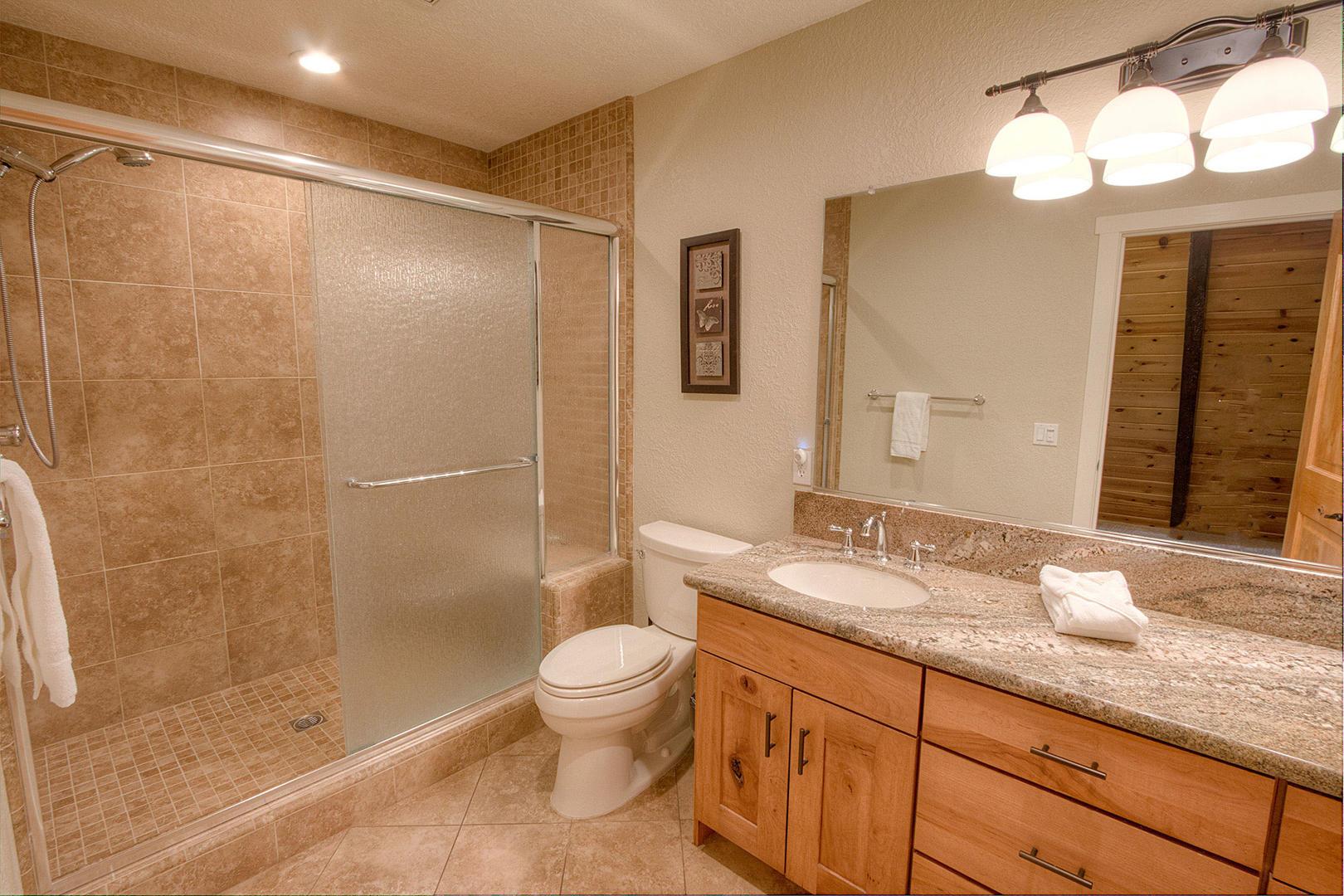 HCH0827 Master Bathroom