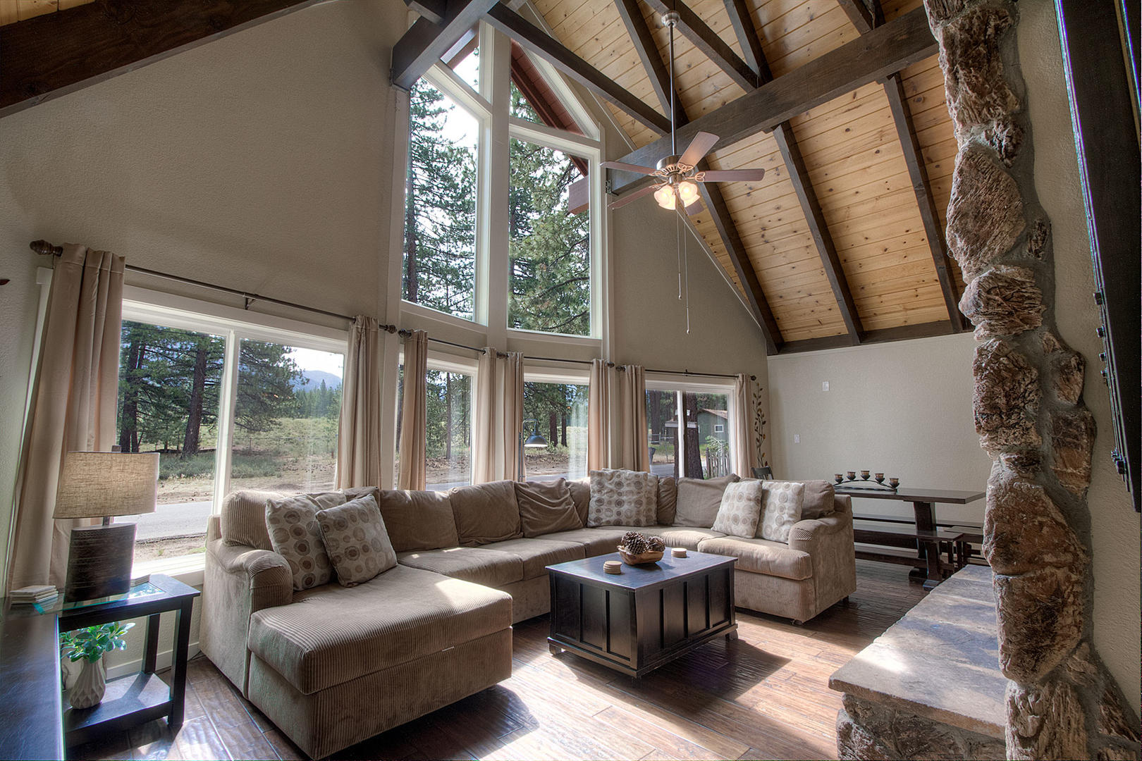 HCH0827 Living Room
