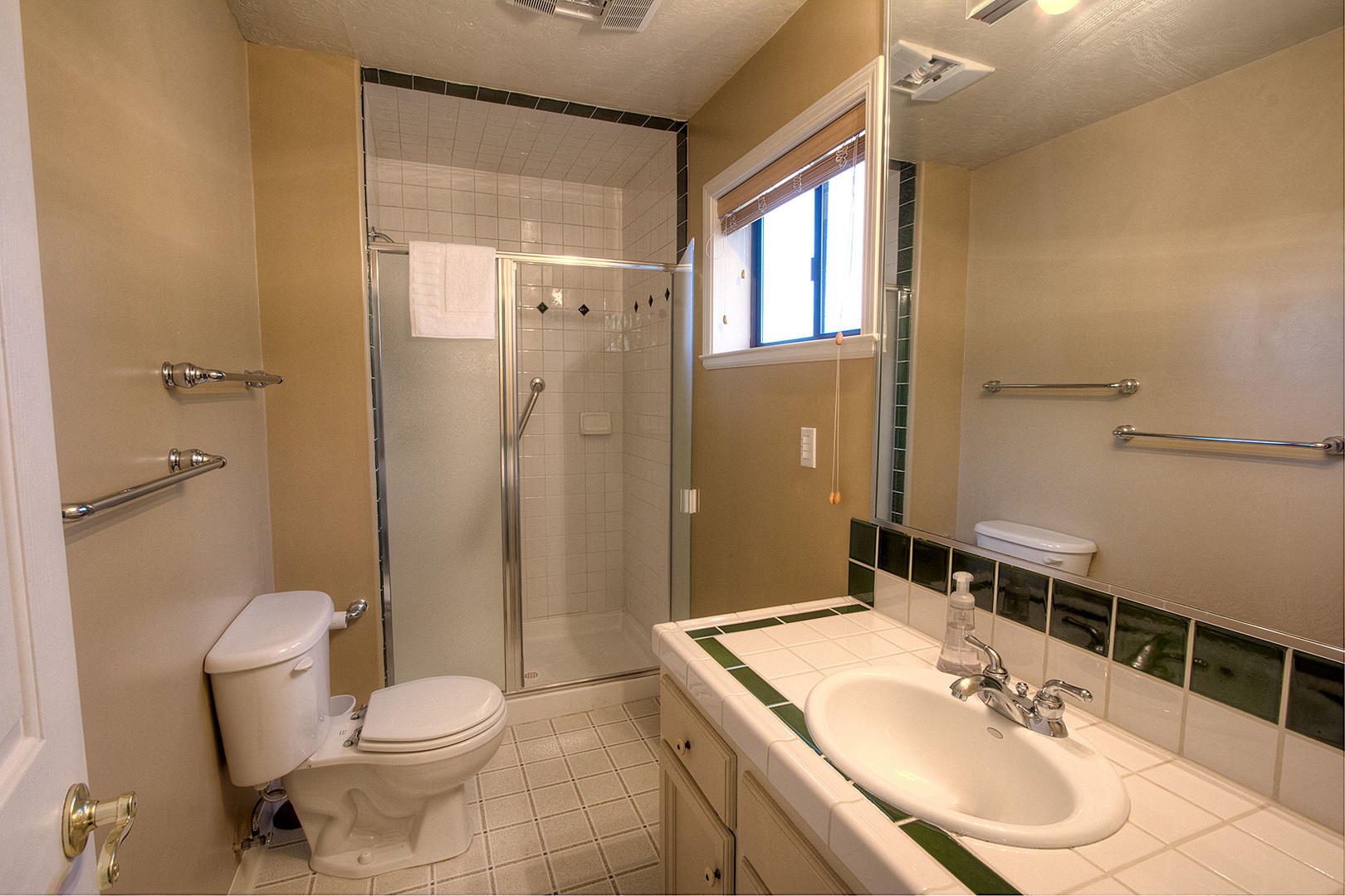 HCH1251 Bathroom