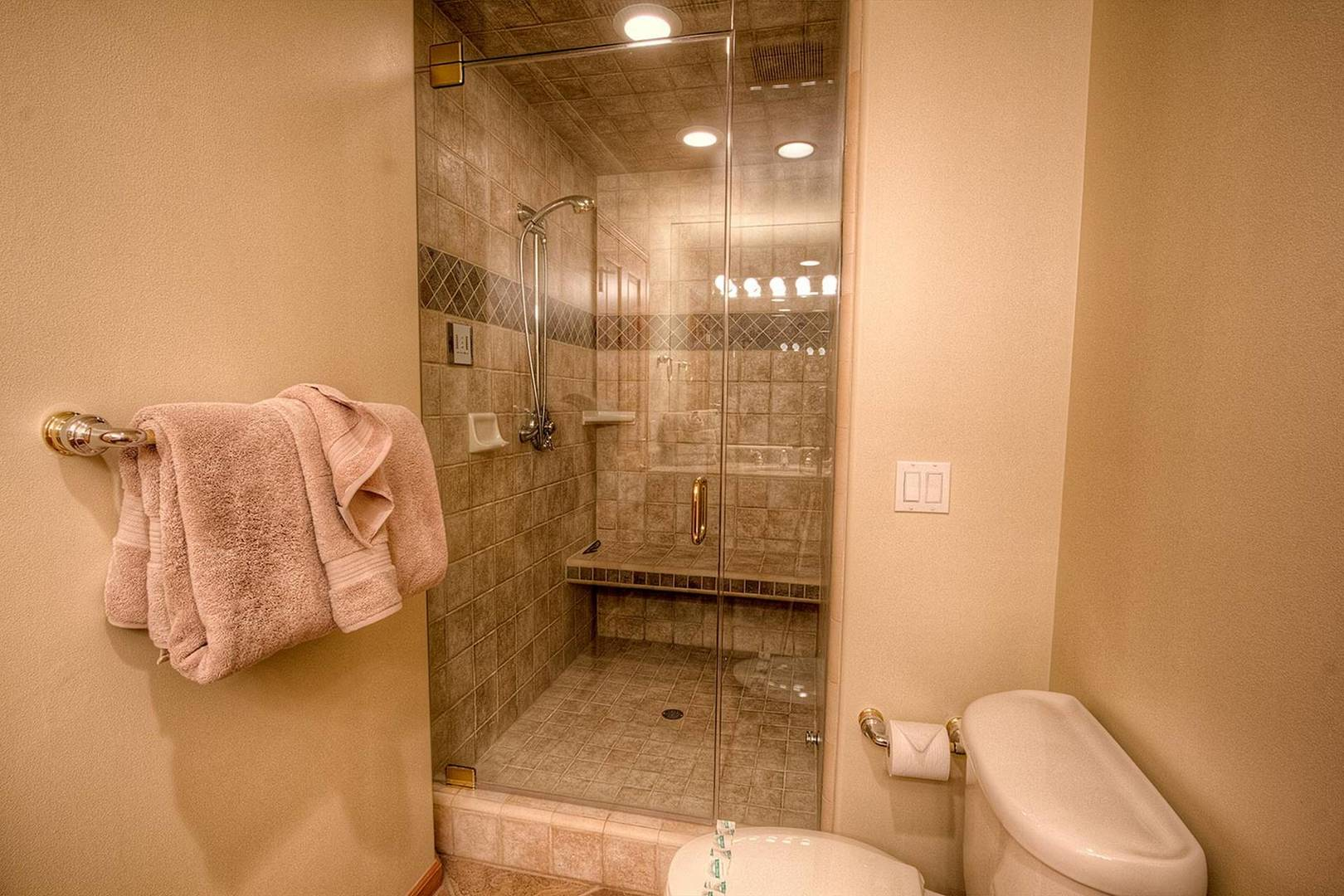 nvh1225 bathroom