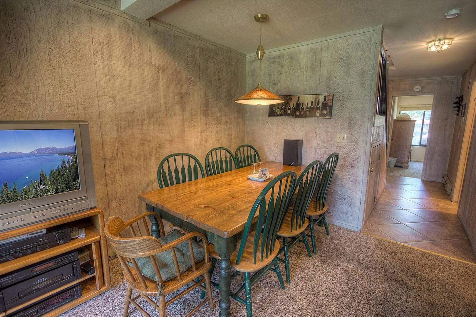 tkc0811 dining room
