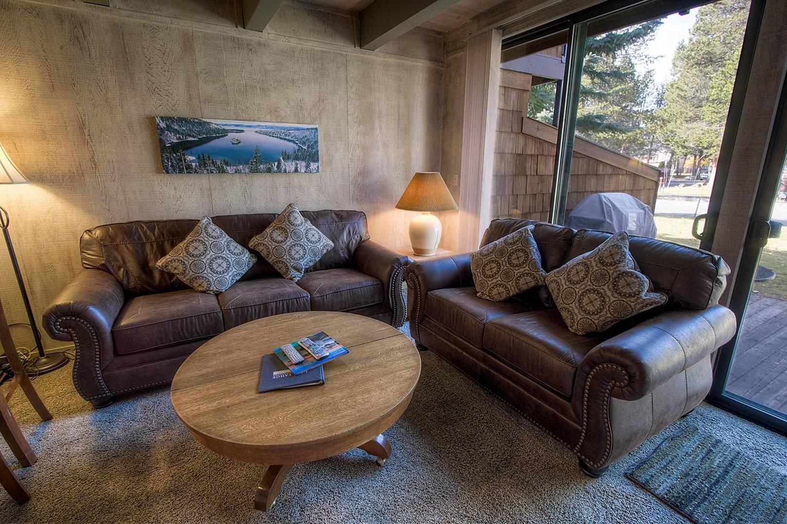 tkc0811 living room