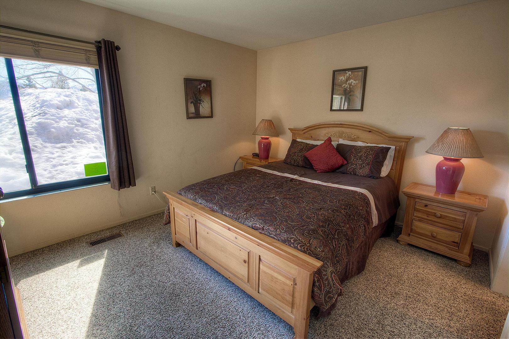 tkc0811 bedroom