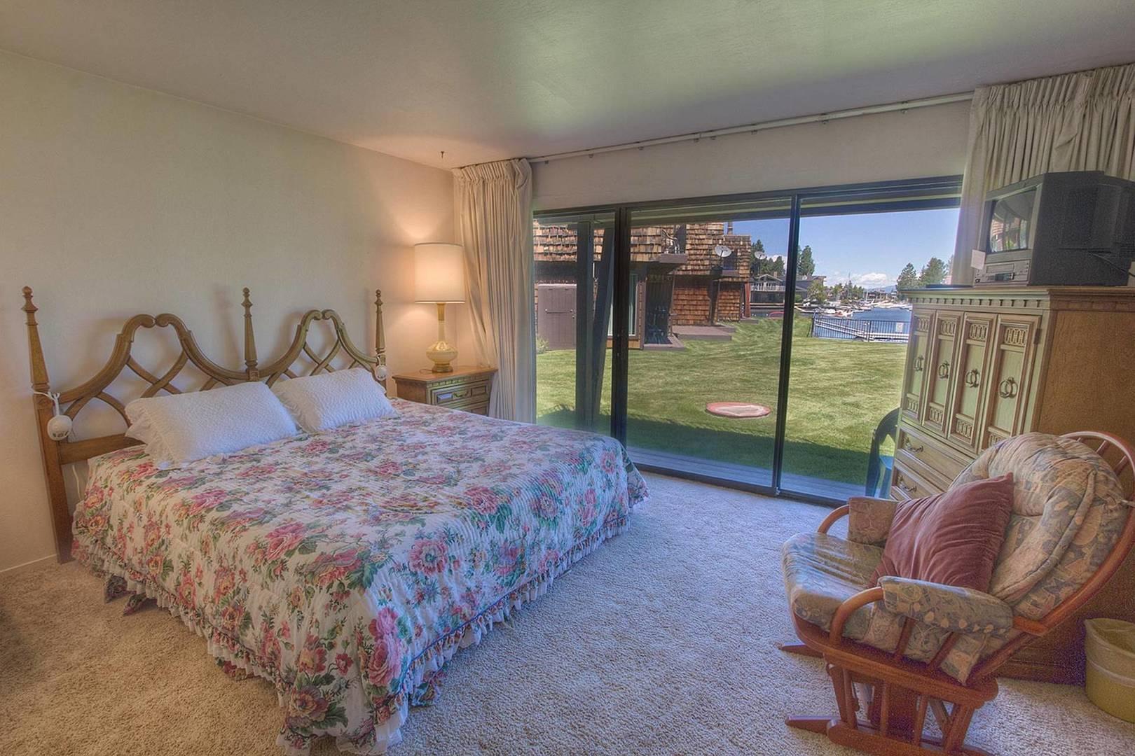 tkc0814 bedroom