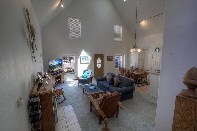 COH0821 Living Room