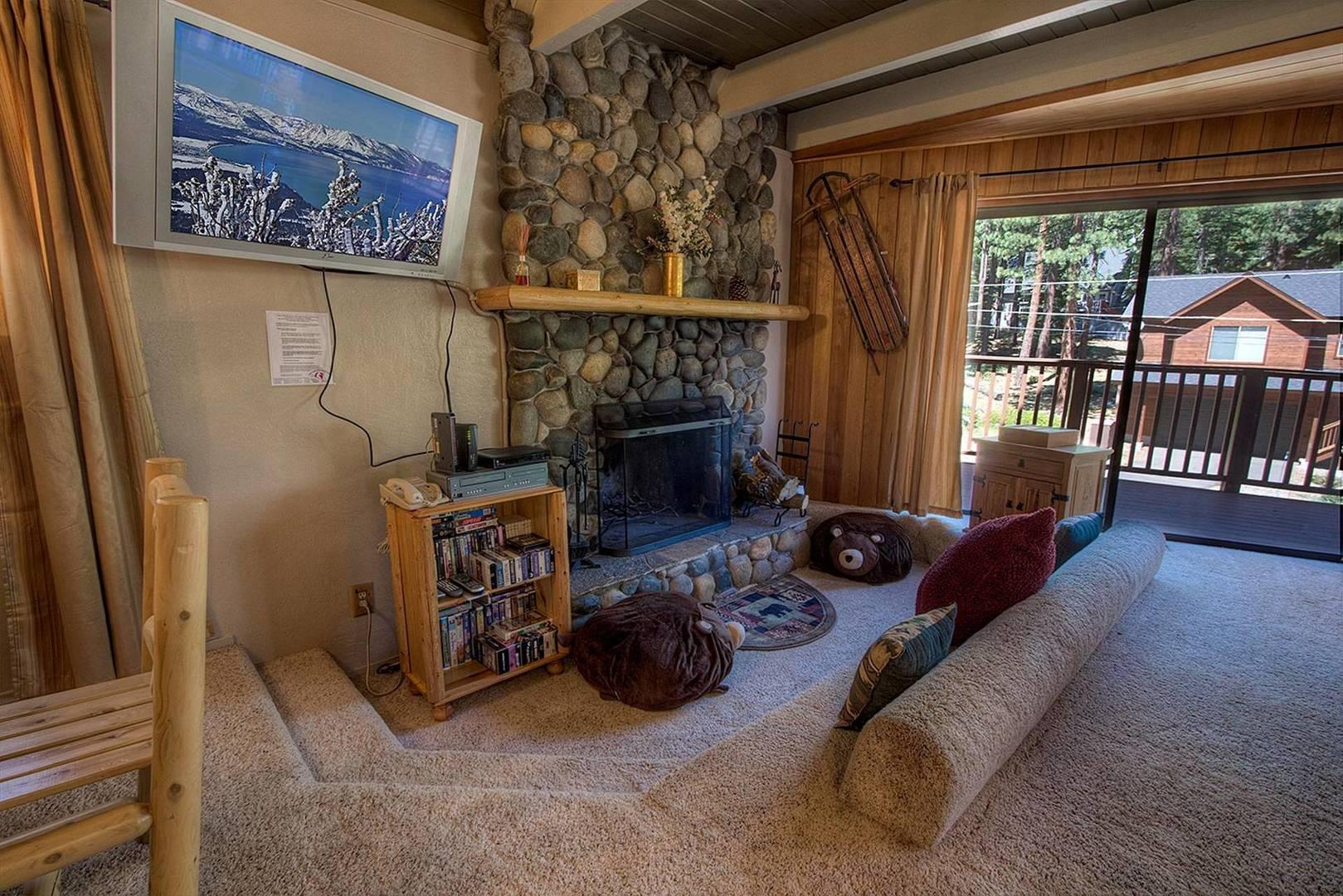 COH1292 Fireplace