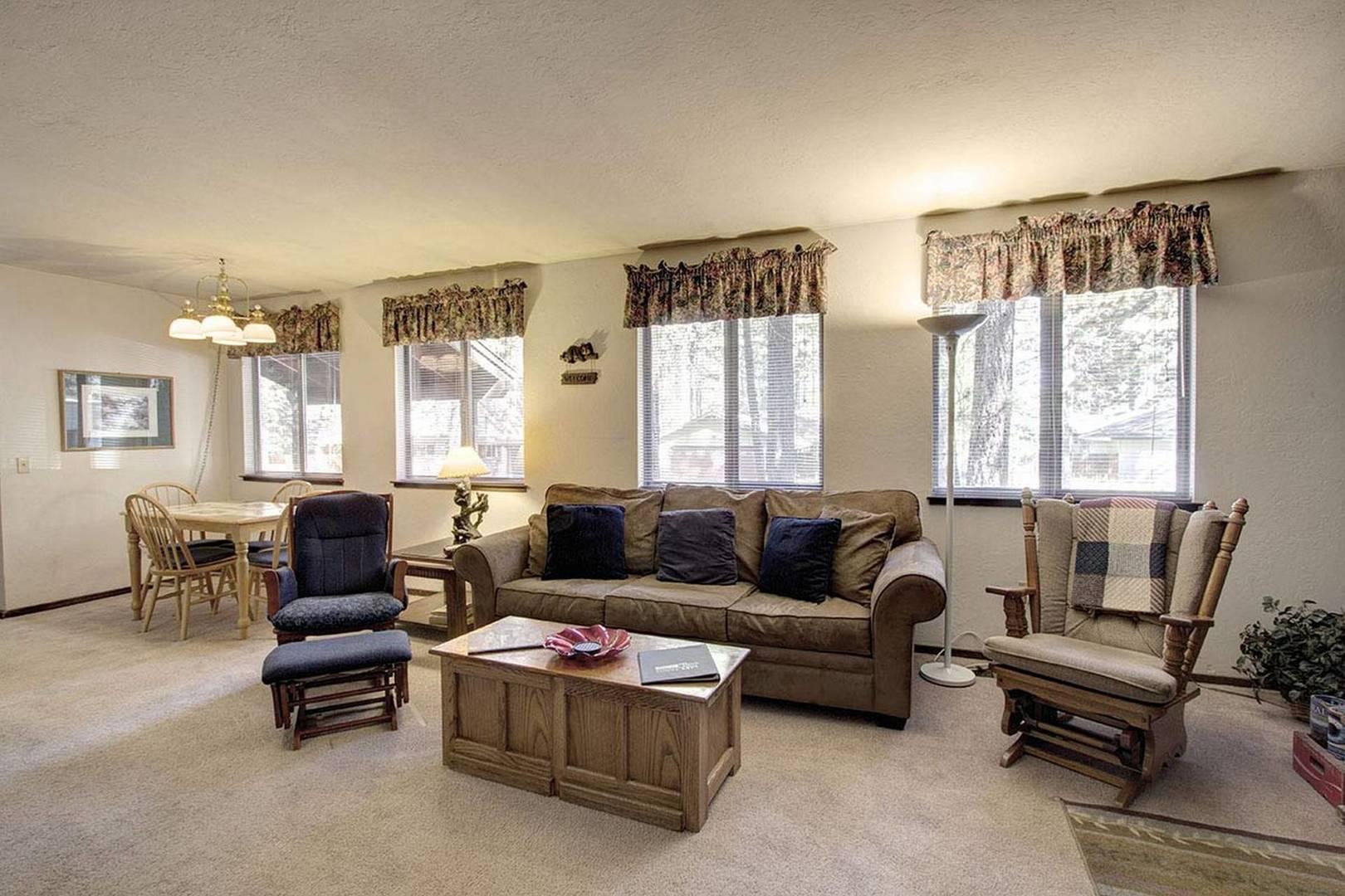 CYH0607 Living Room
