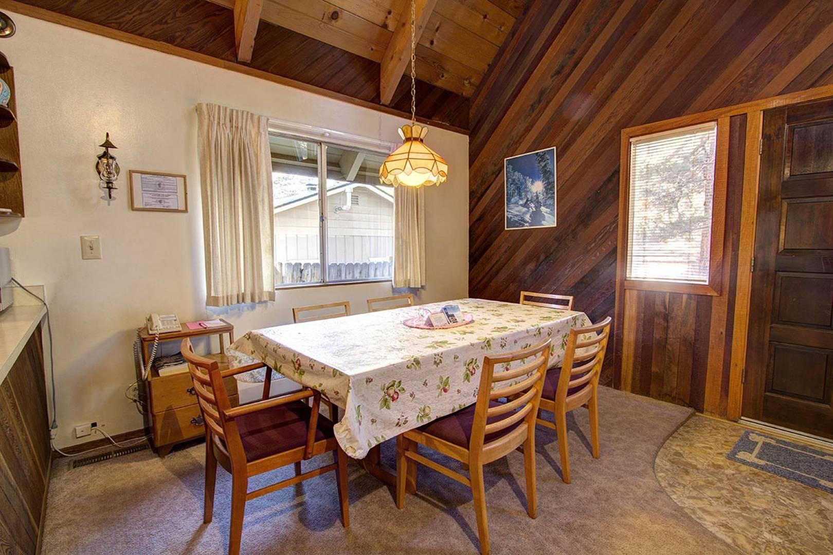 CYH0622 Dining Room