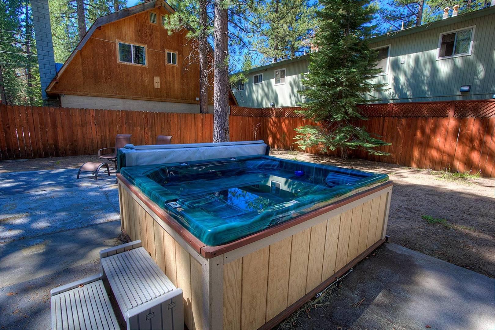 CYH0671 Hot Tub