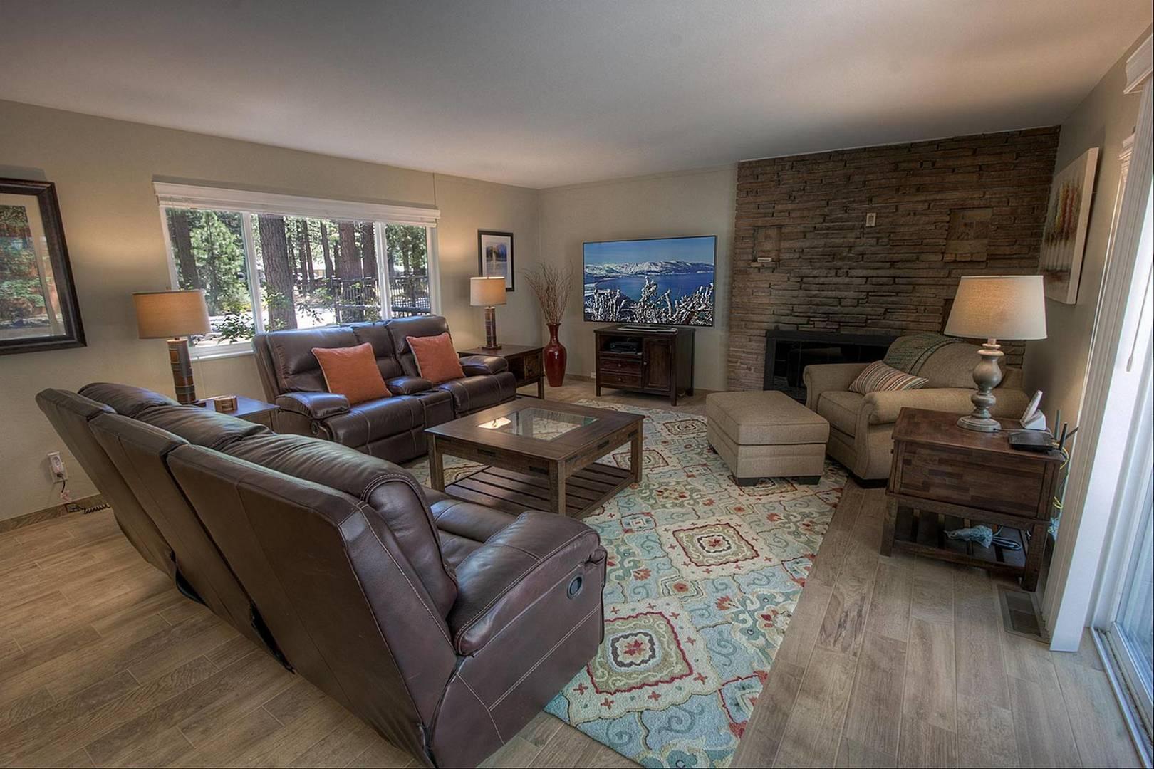 CYH0671 Living Room