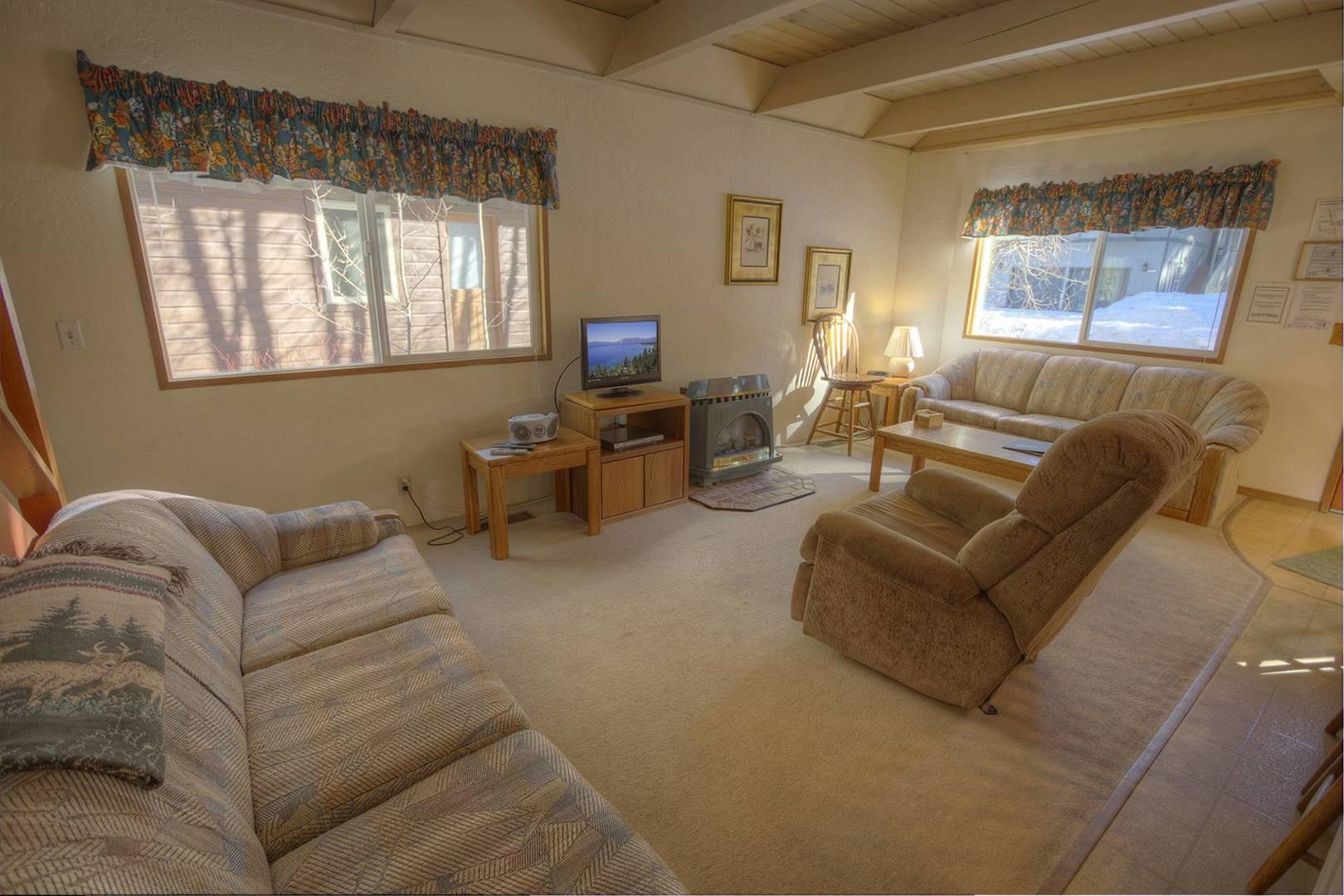 cyh1013 living room