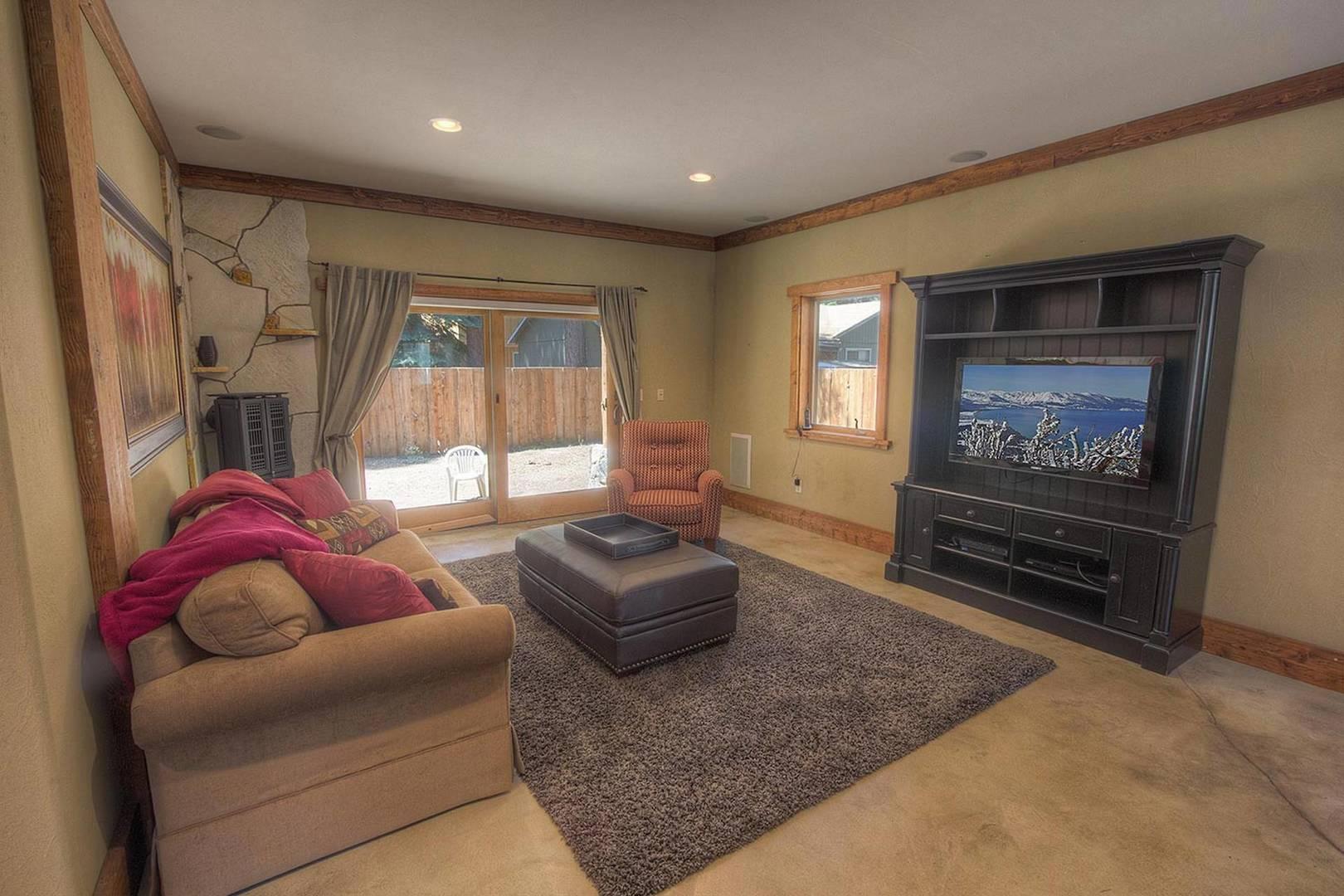 cyh1016 living room