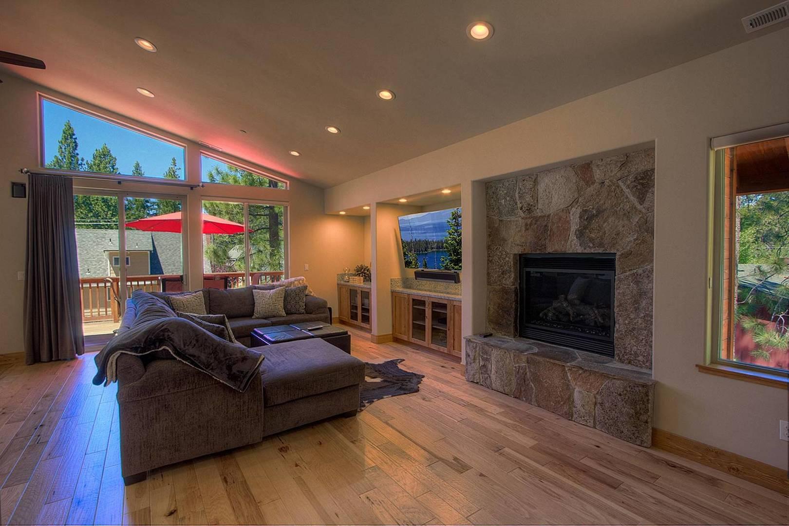 cyh1065 living room
