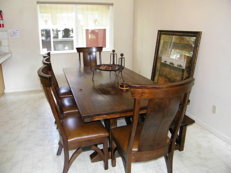 cyh1092 dining room