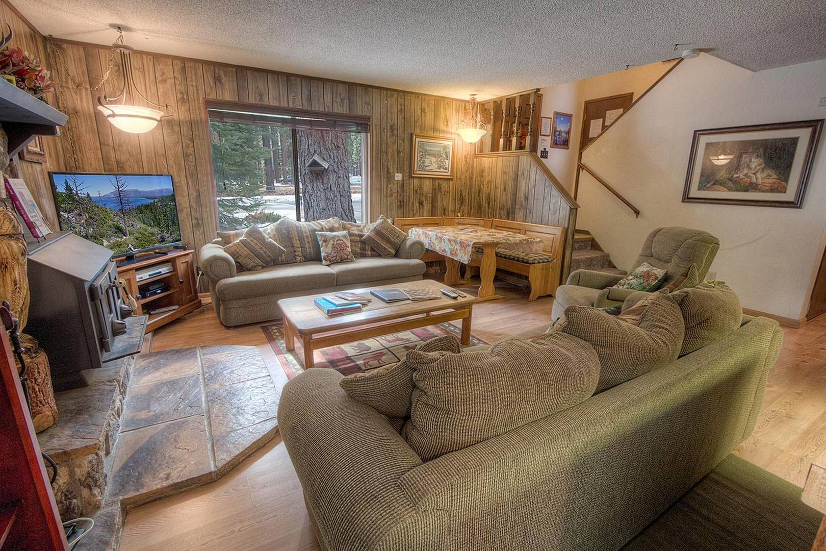 cyh1201 living room