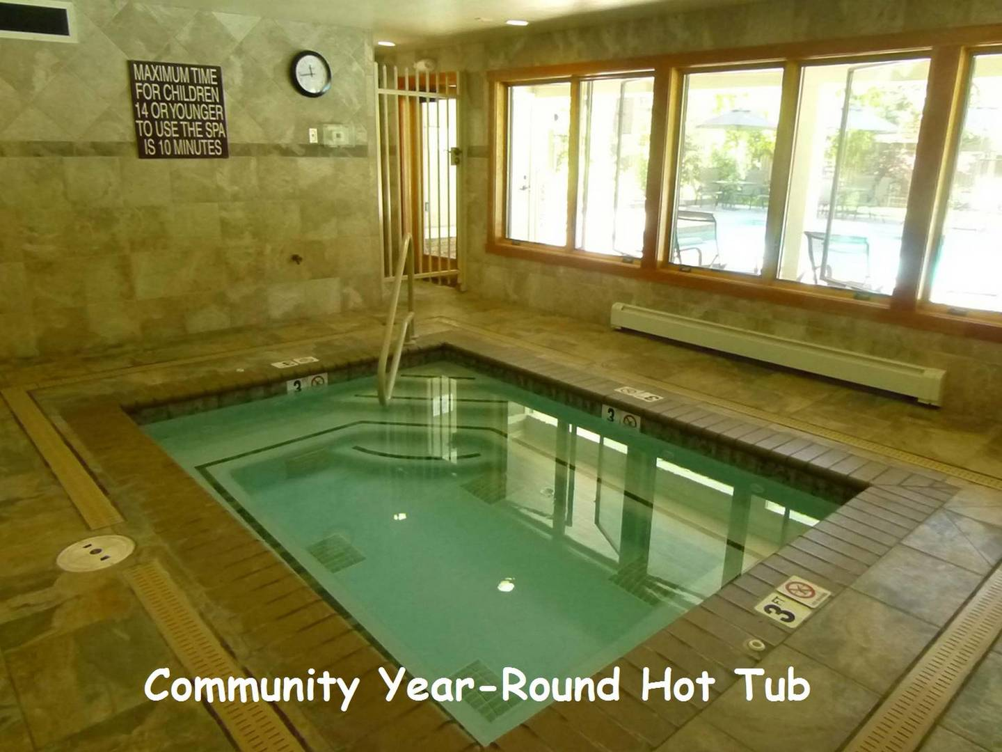 fpc0812 community hot tub