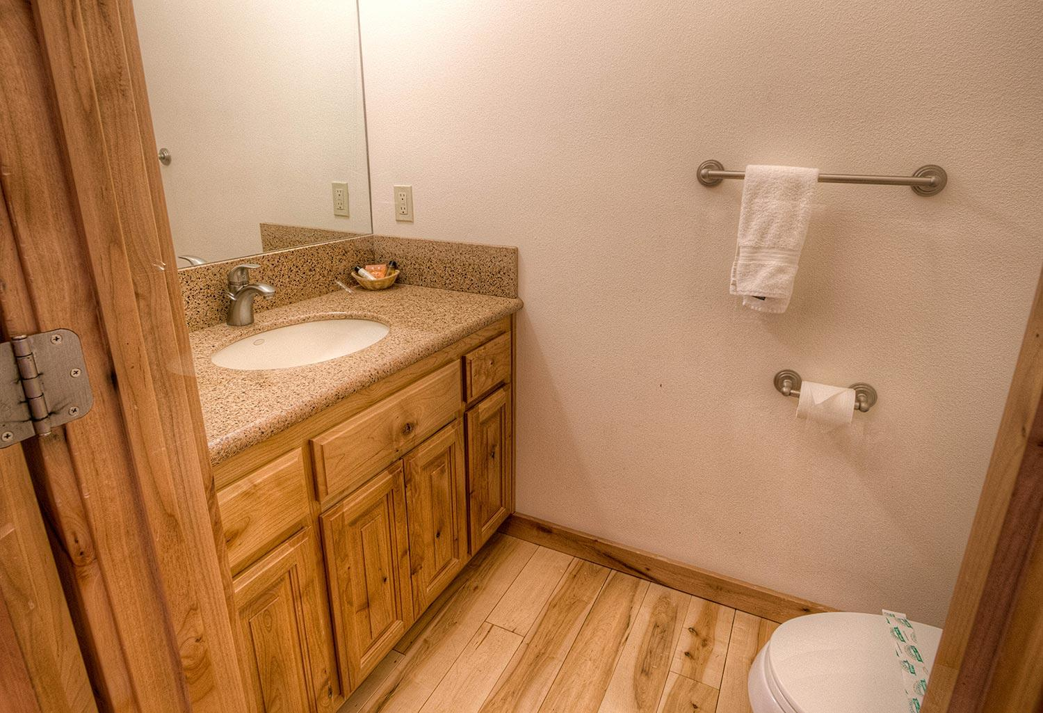hch1023 bathroom