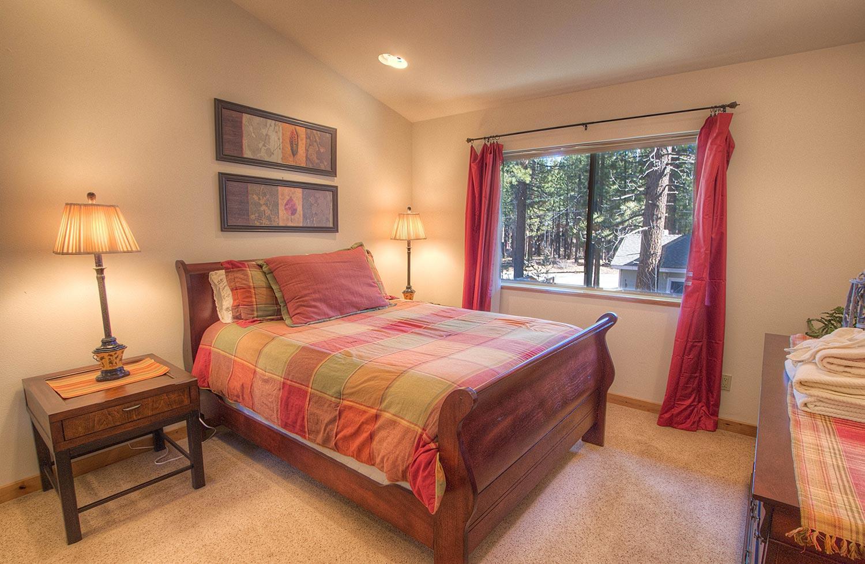 hch1023 bedroom