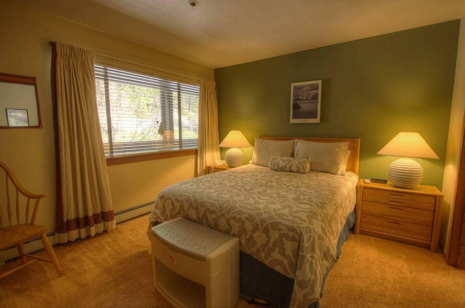 ivc0403 bedroom