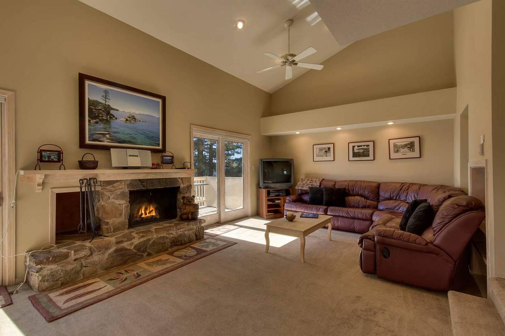 ivc0600 living room