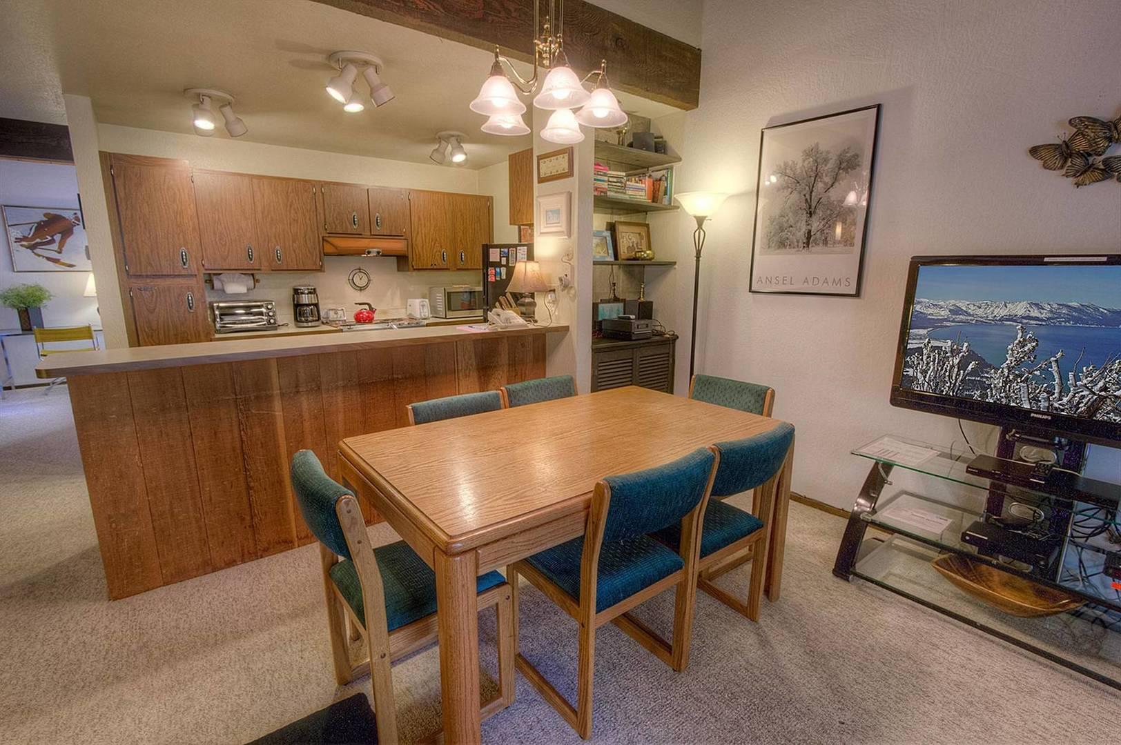 KWC0655 Dining Room