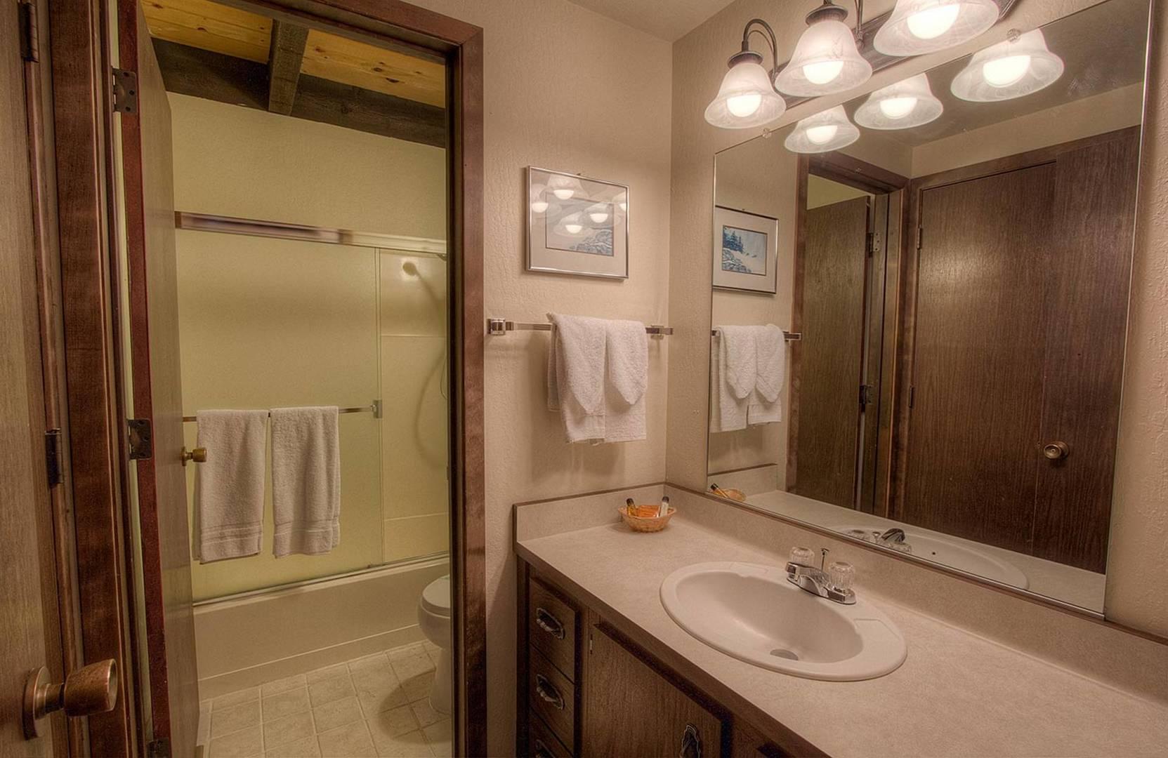 KWC0655 Bathroom