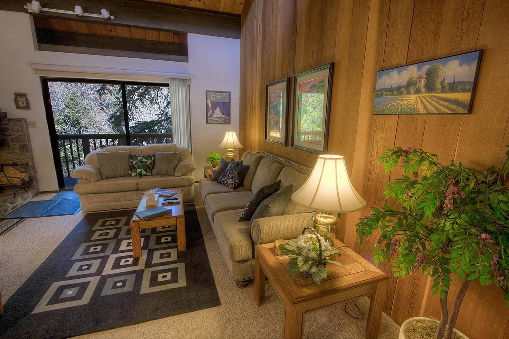 KWC0655 Living Room