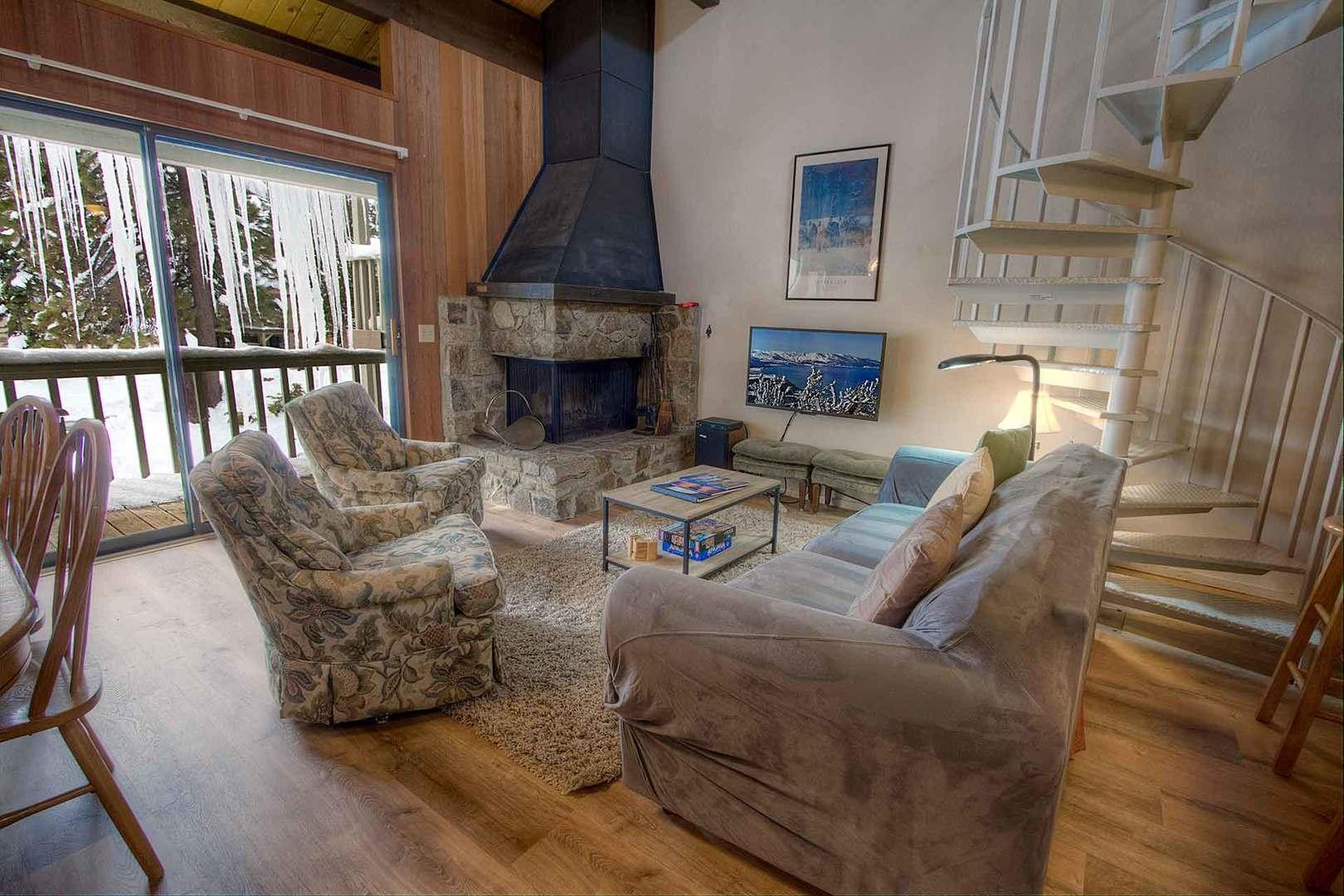 kwc1030 Living Room