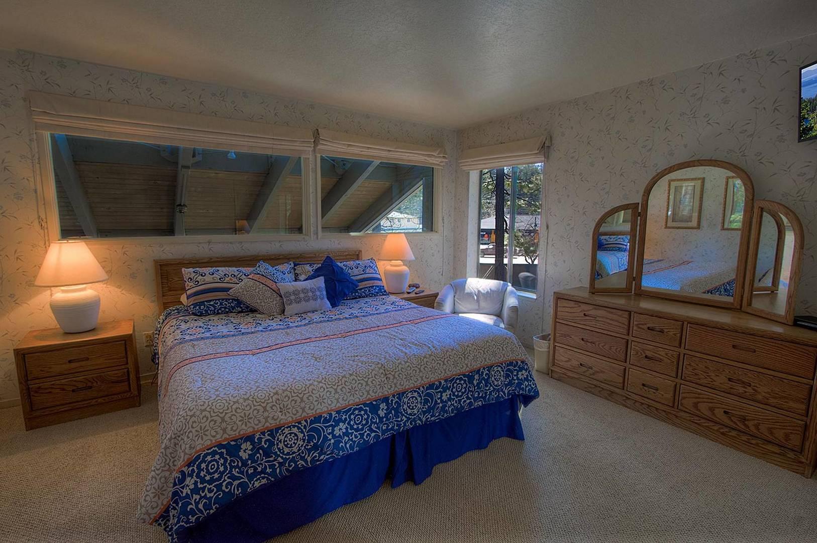 llc0804 bedroom