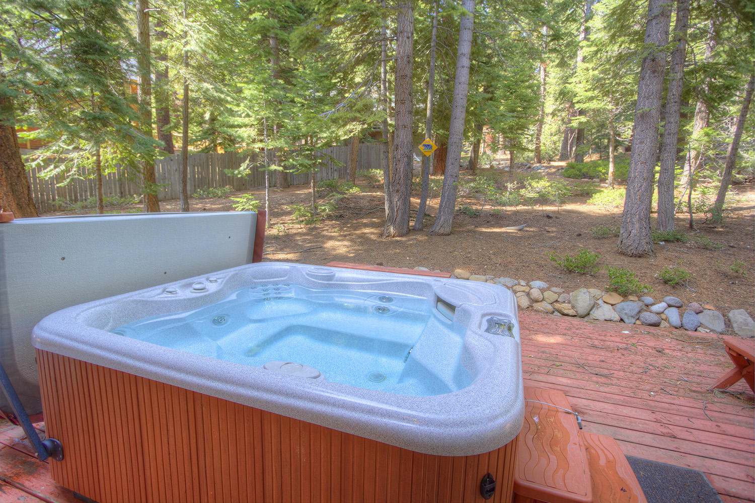 nsh0847 Hot Tub
