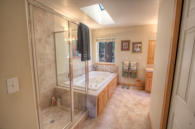cyh1019 bathroom