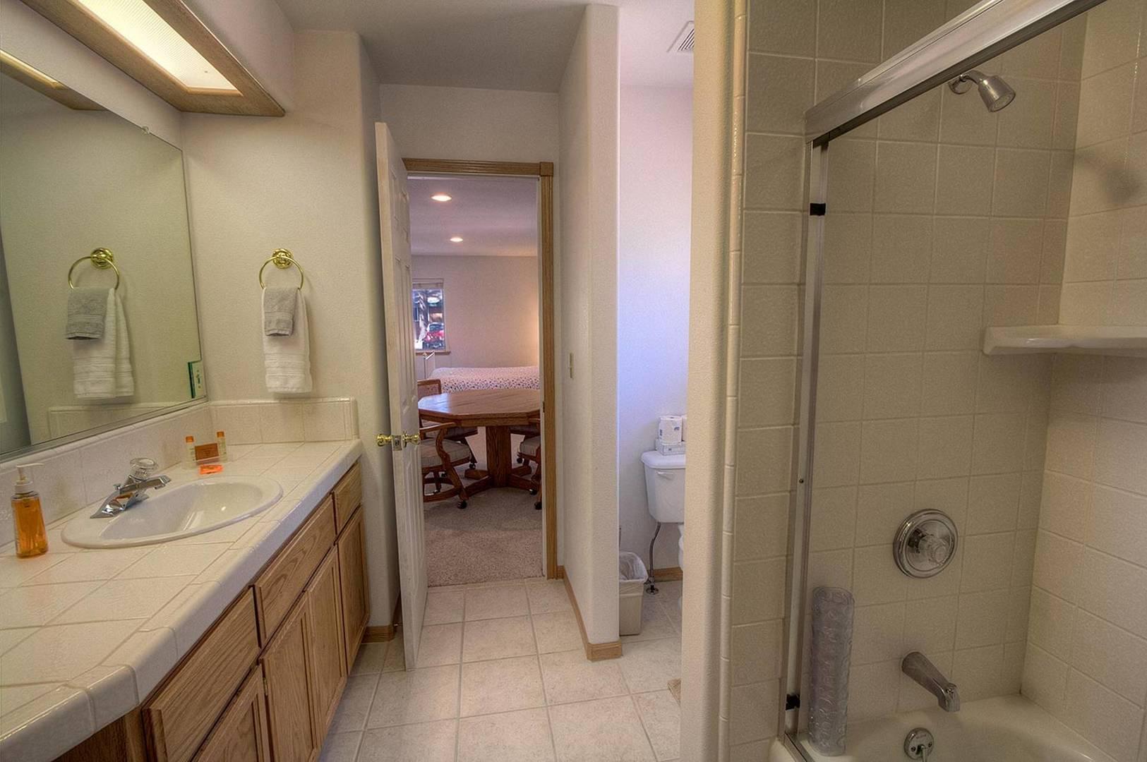 COH0887 Bathroom