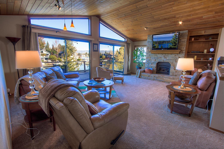 tkh1027 living room