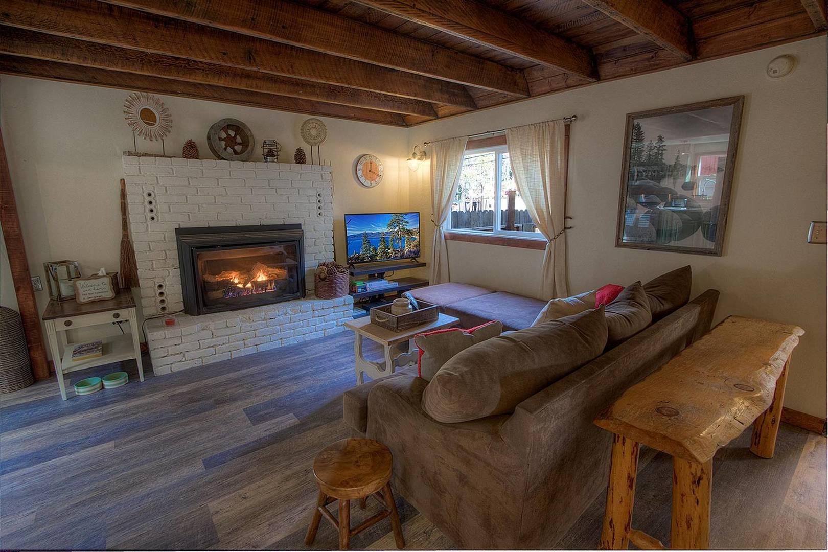 hch0648 living room